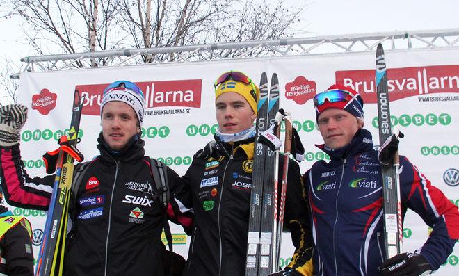 VIKTOR THORN (mitten) klart bäst i herrarnas juniorklass före Jonas Austad, Henning Skilag (tv) och Filip Danielsson, Garphyttan (th). Foto: THORD ERIC NILSSON