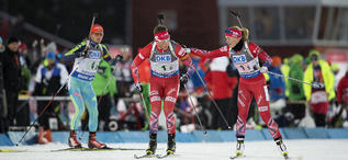 29.11.2015, Oestersund, Sweden (SWE):Lars Helge Birkeland (NOR), Kaia Woeien Nicolaisen (NOR) - IBU world cup biathlon, single mixed relay, Oestersund (SWE). www.nordicfocus.com. © Manzoni/NordicFocus. Every downloaded picture is fee-liable.