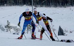 TRION SOM gjorde upp om medaljerna. Här leder HIF:s Anton Lindblad före Jesper Modin (Piteå Elit) och överraskningen Anton Hedlund (FBSK). Foto/rights: KJELL-ERIK KRISTIANSEN/sweski.com
