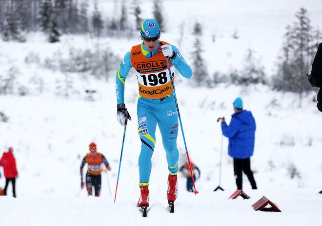 OSCAR PERSSON, SK Bore och Outnorth Ski Team var snabbast i en stenhård fight om segern i Skinnarloppet i Malung. Foto/rights: KJELL-ERIK KRISTIANSEN/sweski.com