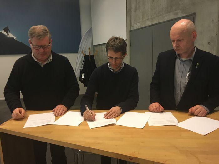 Ordførarane signerer intensjonsavtalen