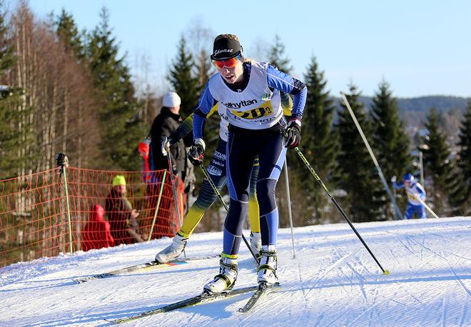 EBBA LARSSON från hemmaklubben Sävast Ski Team var tvåa individuellt, men i stafetten var det andralaget som fixade medalj till Sävast. Foto/rights: KJELL-ERIK KRISTIANSEN/sweski.com