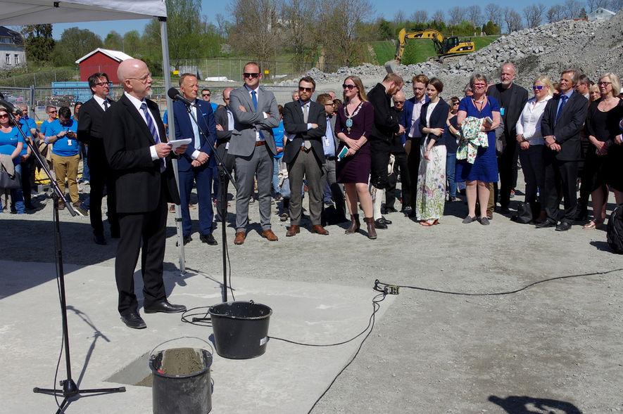 Nedleggelse av grunnstein Veterinærinstituttet Campus Ås