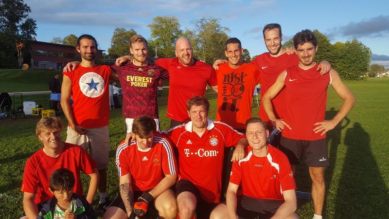 IKBM fra NMBU dro seieren hjem i fotballturneringa.jpg