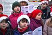 Ås barnekantori sang og laget god stemning ved julegrana. Foto Dag H Nestegard-01