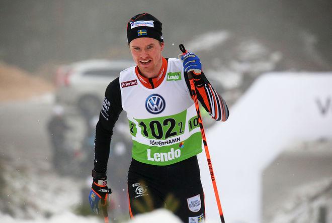 SIMON ANDERSSON, Falun-Borlänge SK vann herrarnas 10 km klassisk i Intersport cup i Falun efter en tuff fight både mot Viktor Thorn, Ulricehamn och Simon Lageson, Åsarna. Foto/rights: MARCELA HAVLOVA/sweski.com