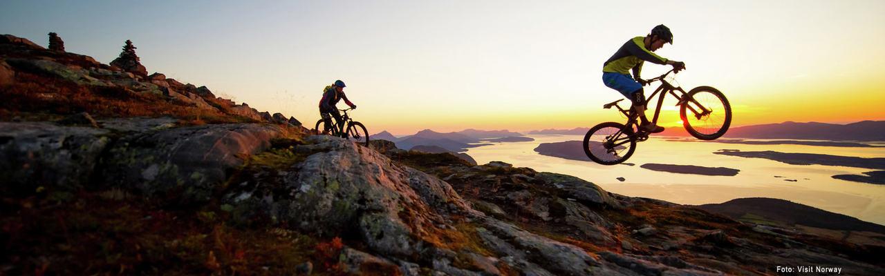 FJORDNORWAY-FIELDPROD-ROMSDALEN-Fotograf-Visit-Norway