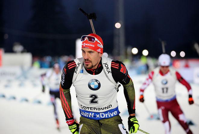 ARND PEIFFER höll på att få släppa täten, men felfritt skytte räddade tysken som spurtade hem jaktstarten i världscupen i Kontiolahti. Foto/rights: MARCELA HAVLOVA/sweski.com