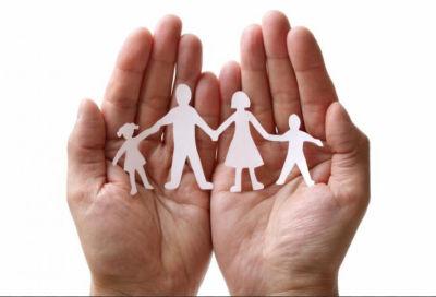 Familie i hender
