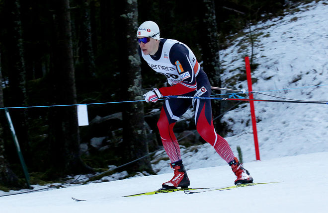 ANDERS GLØERSEN vann norska mästerskapen på 10 km fristil sedan Finn Hågen Krogh ramlat från ett säkert guld. 513 åkare var anmälda i tävlingen! Foto/rights: MARCELA HAVLOVA/sweski.com
