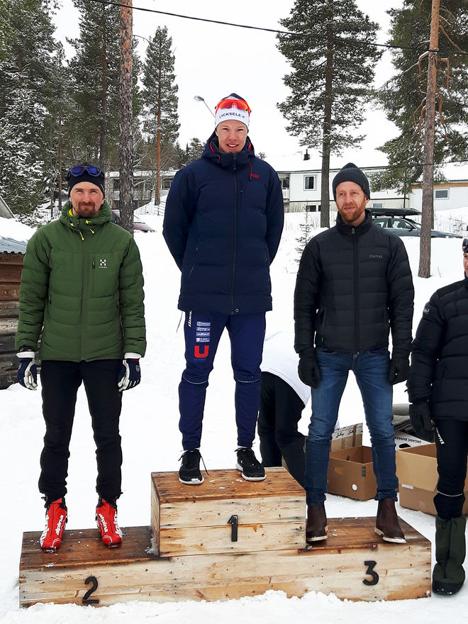 MARCUS FREDRIKSSON (mitten) vann Luspenloppet i Storuman i söndags före Tor Larsson (tv) och Martin Rosvall.