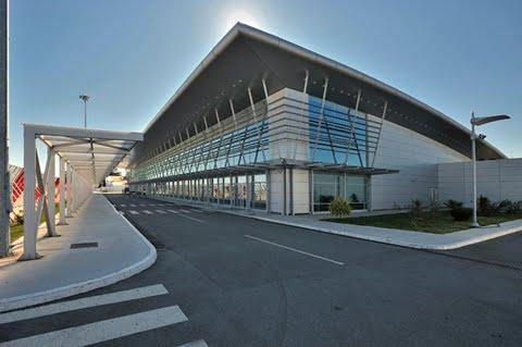 Arkitekt Zorica_Flyplass Montenegro
