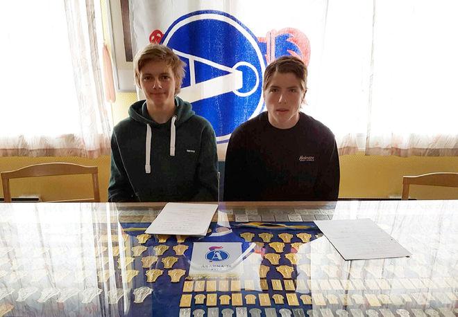 SVERIGES kanske två bästa juniorer födda 2000 går till Åsarna IK: Ossian Rosenberg från Duved och William Poromaa från Johannisberg. Foto: ÅSARNA IK