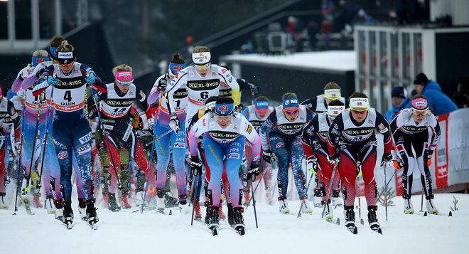 MASSTARTER är numera mera vanliga i världscupen än individuella distanslopp. Här från damernas 15 km i Falun i vintras. Foto/rights: MARCELA HAVLOVA/KEK-photo