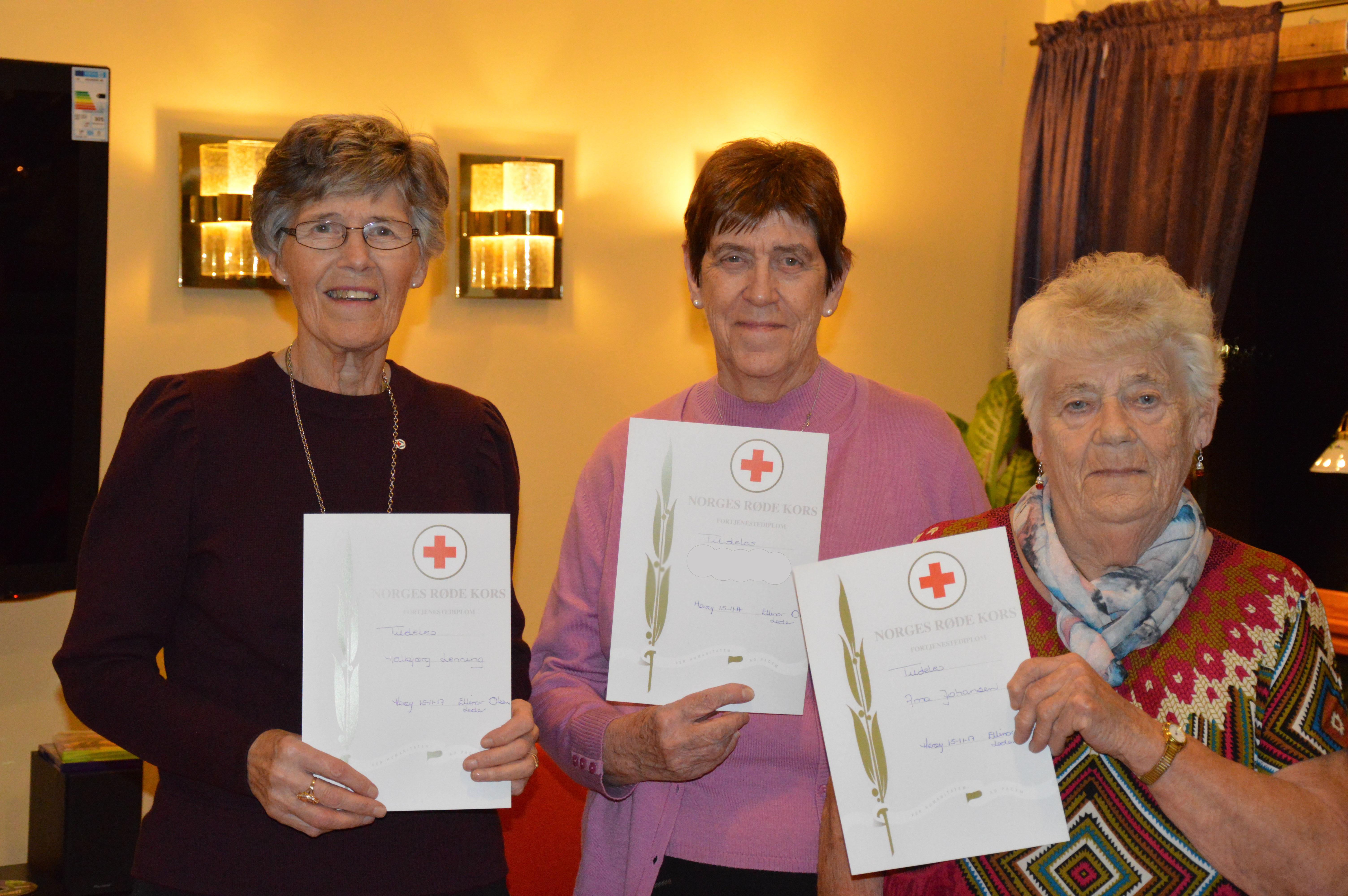 Røde Kors kafe_heder til damer