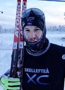 KLAS NILSSON från Skellefteå efter segern i Rymmarloppet i Arvidsjaur. Foto: IFK ARVIDSJAUR SKIDOR