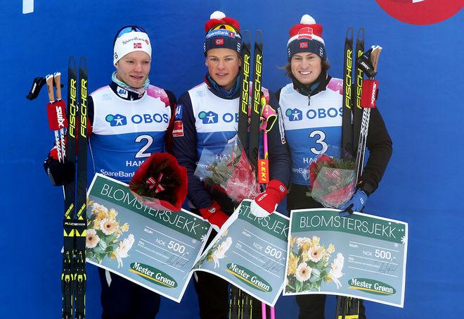 JOHANNES HØSFLOT KLÆBO (mitten) var helt överlägsen i norska mästerskapen i klassisk sprint under torsdagen. Han vann före Eirik Brandsdal (tv) och Kasper Stadaas. Foto/rights: KJELL-ERIK KRISTIANSEN/KEK-stock