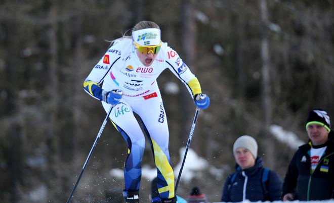 INGEN HADE en chans att hänga med Sollefteå-talangen i fristil. Hon bara gled ifrån dom andra. Foto/rights: KJELL-ERIK KRISTIANSEN/KEK-stock