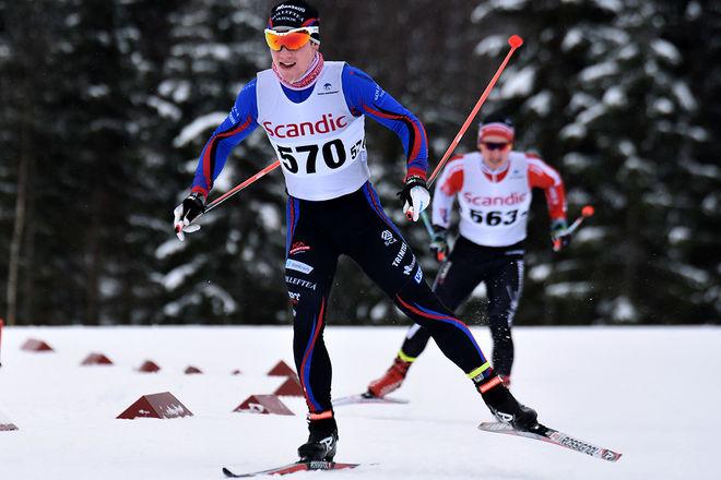 PÅ VÄG mot sin andra seger på två dagar. Anton Eriksson, Sollefteå var helgens namn i Scandic cup. Foto: ROLF ZETTERBERG