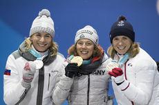 13.02.2018, Pyeongchang, Korea (KOR):Anastasiya Kuzmina (SVK), Laura Dahlmeier (GER), Anais Bescond (FRA), (l-r) - XXIII. Olympic Winter Games Pyeongchang 2018, biathlon, medals, Pyeongchang (KOR). www.nordicfocus.com. © Manzoni/NordicFocus. Every downl