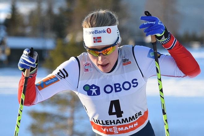 RAGNHILD HAGA tog ett sensationellt OS-guld på 10 km fristil. Charlotte Kalla fixade en ny medalj, tog silver den här gången. Här från världscupen i Lillehammer i december. Foto: ROLF ZETTERBERG