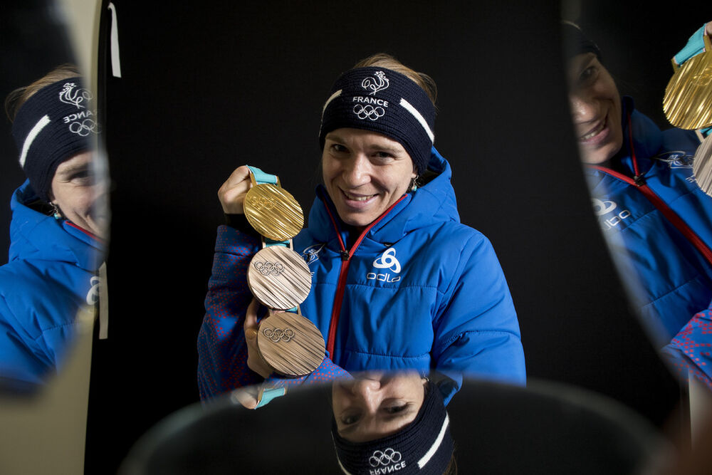 24.02.2018, Pyeongchang, Korea (KOR):Anais Bescond (FRA) - XXIII. Olympic Winter Games Pyeongchang 2018, biathlon, medals, Pyeongchang (KOR). www.nordicfocus.com. © Manzoni/NordicFocus. Every downloaded picture is fee-liable.