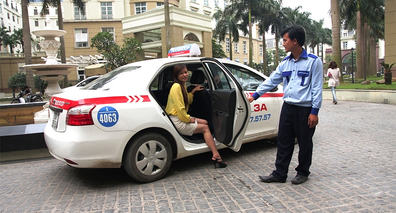 2018-03-30 Vietnam Taxi Hoved