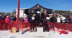 ANDREAS NYGAARD (mitten) vann före Anton Karlsson (tv) och Oskar Kardin i herrarnas 30 km. Foto: ARRANGÖREN