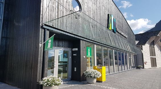 Folgefonnsenteret turistkontor 2 2017