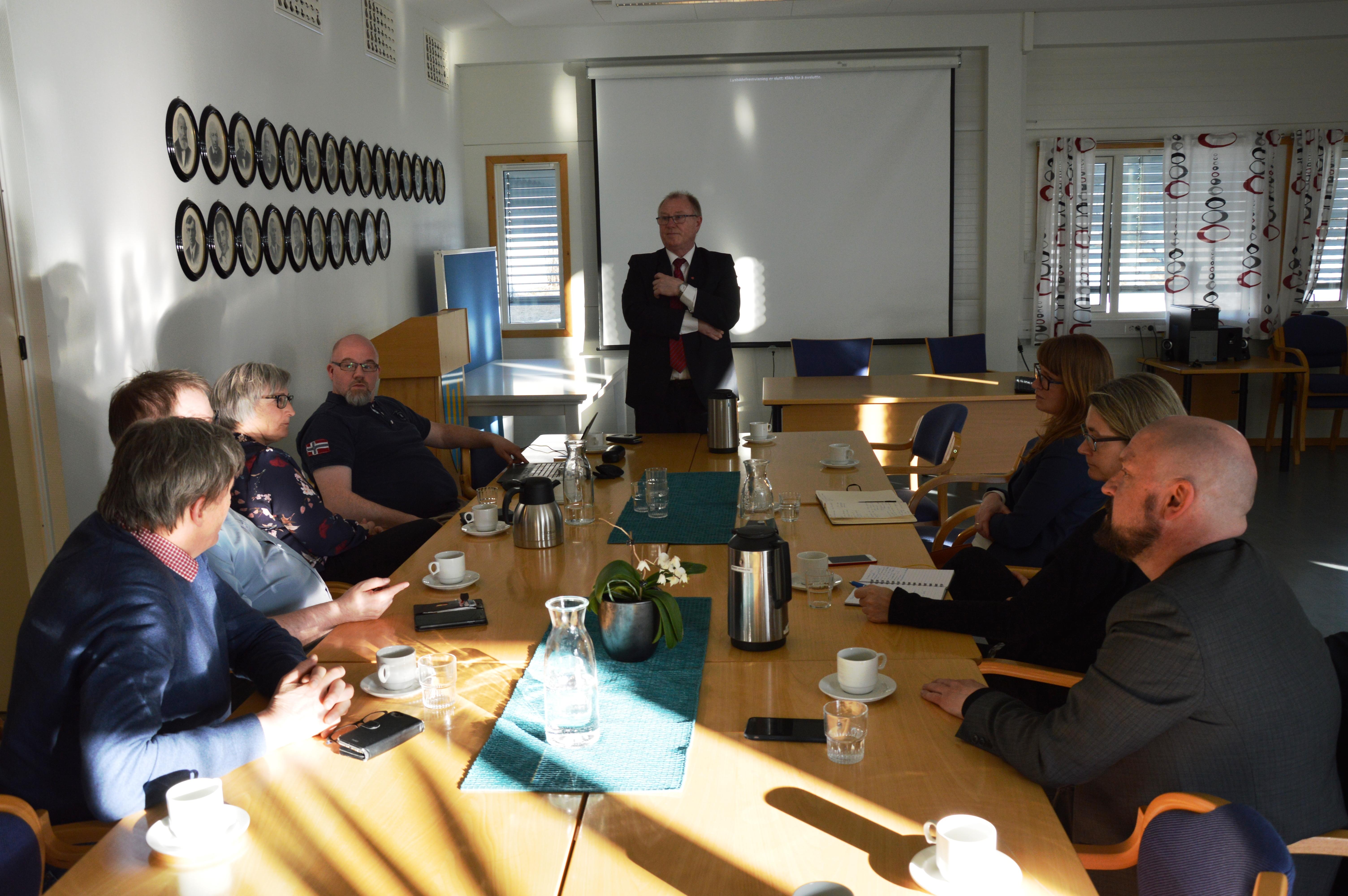 Møte med fylkesråd for næring_møtedeltakere