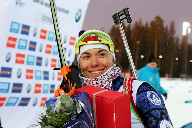 ALLTID MED ETT LEENDE. Nadezhda Skardino vann sin första världscuptävling i Östersund i vintras. Sedan blev det OS-guld i stafett i Pyeongchang. Men nu lägger hon av. Foto/rights: MARCELA HAVLOVA/KEK-stock