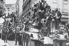 Bildet: Styrkene vendte hjem fra koloniene, og den såkalte nellikrevolusjonen oppsto i 1974