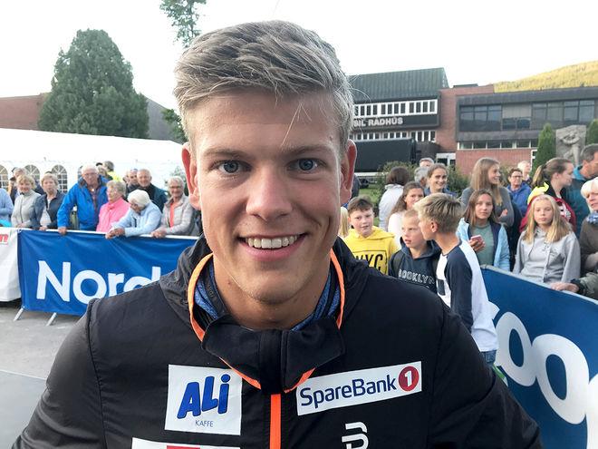 ALL ORSAK att skratta för Johannes Høsflot Klæbo. Bensinkedjan Uno-X har gått in som hans personliga sponsor – för 25 miljoner över fem år! Foto/rights: KJELL-ERIK KRISTIANSEN/kekstock.com