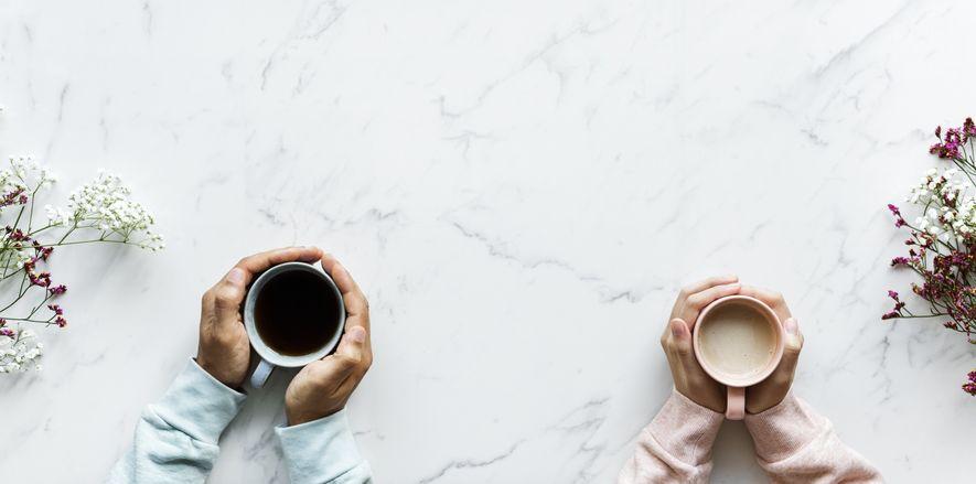 Illustrasjonsbilde, to kaffekommer på et bord