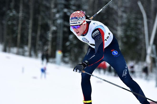 SIMON LAGESON byter klubb från Åsarna IK till Falun-Borlänge SK den kommande säsongen. Han följer därmed sambon Moa Molander Kristiansen som gjorde samma byte för ett år sedan. Foto: ROLF ZETTERBERG