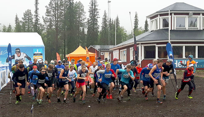 FULL FART från start på Dundret i helgens löptävling. Foto: ARRANGÖREN