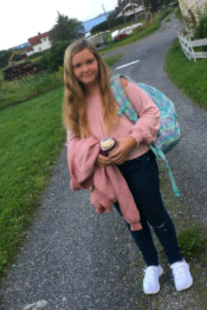 Andrea Karlsen Bjørnvik 12 år