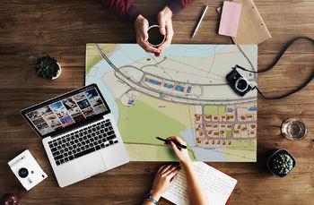 Illustrasjon foto planlegging kart skrivebord