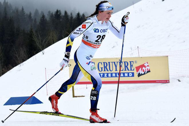 SOFIA HENRIKSSON är en av Sveriges mest otursförföljda längdåkare. Nu har hon armen i gips efter en cykelolycka där hon bröt två ben i handen. Foto: ROLF ZETTERBERG