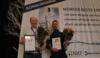 To meget fornøyde vinnerne: Midt-Norges beste drikkevann 2018. Fra venstre: Tore Samskott, Oppdal kommune og Stig Tommy Johansen, Frøya kommune