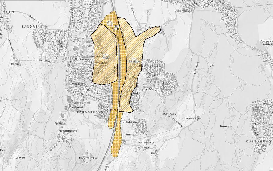 Skjermutsnitt fra NVEs kvikkleirekart. Skravert området er faresone, stiplet område er utløpsområde.