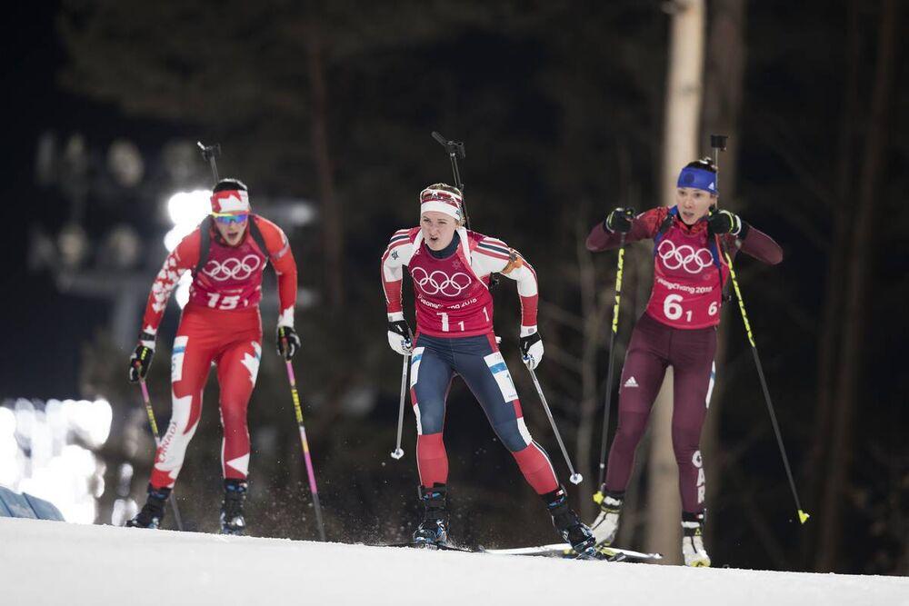 20.02.2018, Pyeongchang, Korea (KOR):Rosanna Crawford (CAN), Marte Olsbu (NOR), Uliana Kaisheva (OAR), (l-r) - XXIII. Olympic Winter Games Pyeongchang 2018, biathlon, relay mixed, Pyeongchang (KOR). www.nordicfocus.com. © Manzoni/NordicFocus. Every down