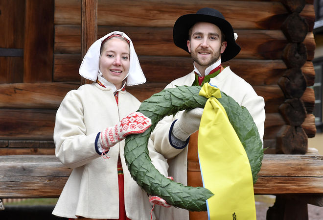 EMMA HÖGLUND och Victor Sticko blir kranskulla och kransads under nästa års Vasalopp och alla övriga evenemang. Foto NISSE SCHMIDT