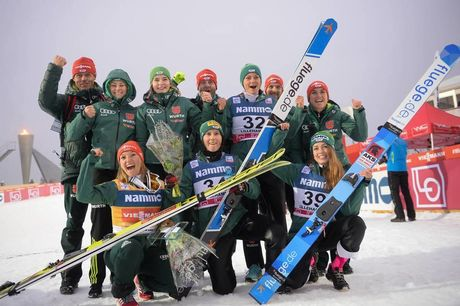 02.12.2018, Lillehammer, Norway (NOR):Daniela Iraschko-Stolz (AUT), Ramona Straub (GER), Katharina Althaus (GER), Juliane Seyfarth (GER), Carina Vogt (GER), Pauline Essler (GER) - FIS world cup ski jumping ladies, individual HS140, Lillehammer (NOR). www