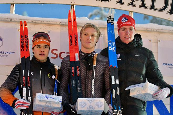 TOPPTRION i H19-20 i den klassiska sprinten i Boden. Fr v: Petter Dahl, Strategen (2:a), Axel Aflodal, Offerdal (1:a) och Samuel Oskarsson, Mora (3:a). Foto/rights: ROLF ZETTERBERG/KEK-stock