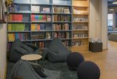 biblioteket tegneserier