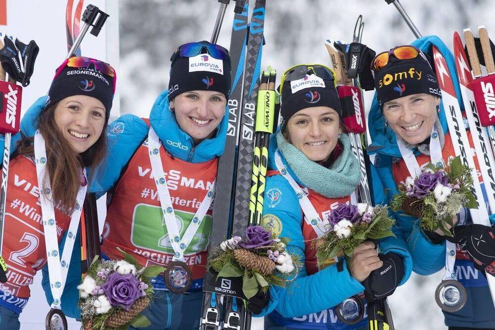 16.12.2018, Hochfilzen, Austria (AUT):Anais Chevalier (FRA), Julia Simon (FRA), Celia Aymonier (FRA), Anais Bescond (FRA), (l-r) - IBU world cup biathlon, relay women, Hochfilzen (AUT). www.nordicfocus.com. © Manzoni/NordicFocus. Every downloaded pictur