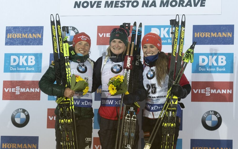 21.12.2018, Nove Mesto, Czech Republic (CZE):Laura Dahlmeier (GER), Marte Olsbu Roeiseland (NOR), Paulina Fialkova (SVK), (l-r) - IBU world cup biathlon, sprint women, Nove Mesto (CZE). www.nordicfocus.com. © Manzoni/NordicFocus. Every downloaded pictur