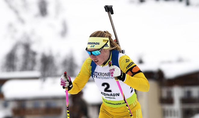 FELICIA LINDQVIST blev den senaste svenskan som imponerade i IBU-cupen, som är B-världscupen. Hon vann överraskande fredagens tävling. Foto: NORDIC FOCUS