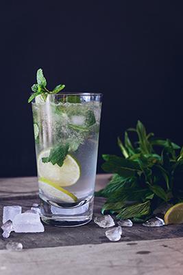 Illustrasjonsfoto drink